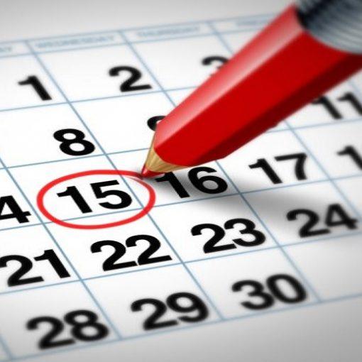 calendario con matita rossa che cerchia la data del 15